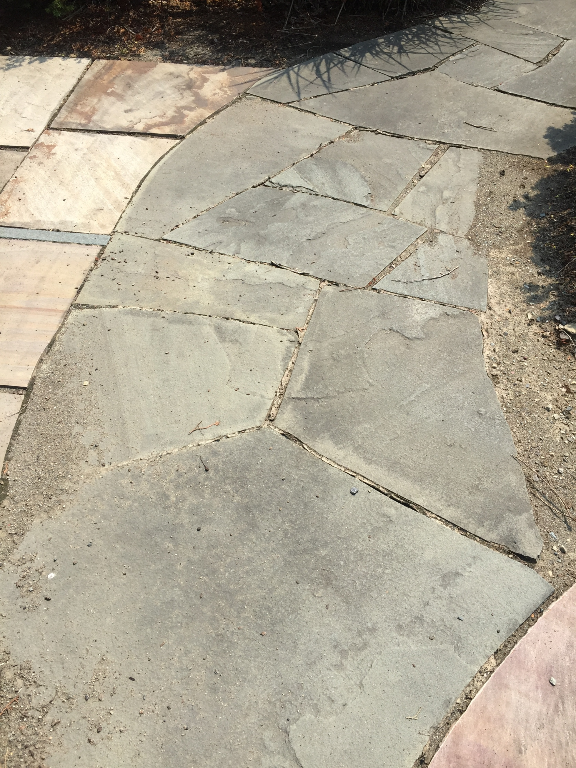 NYS Bluestone Broken Flagging